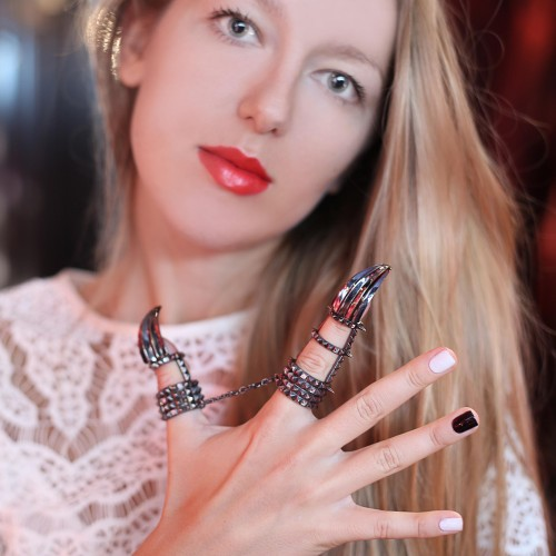 SOLANGE AZAGURY-PARTRIDGE, JEWELRY DESIGNER OF THE MONTH HOTEL COSTES PARIS