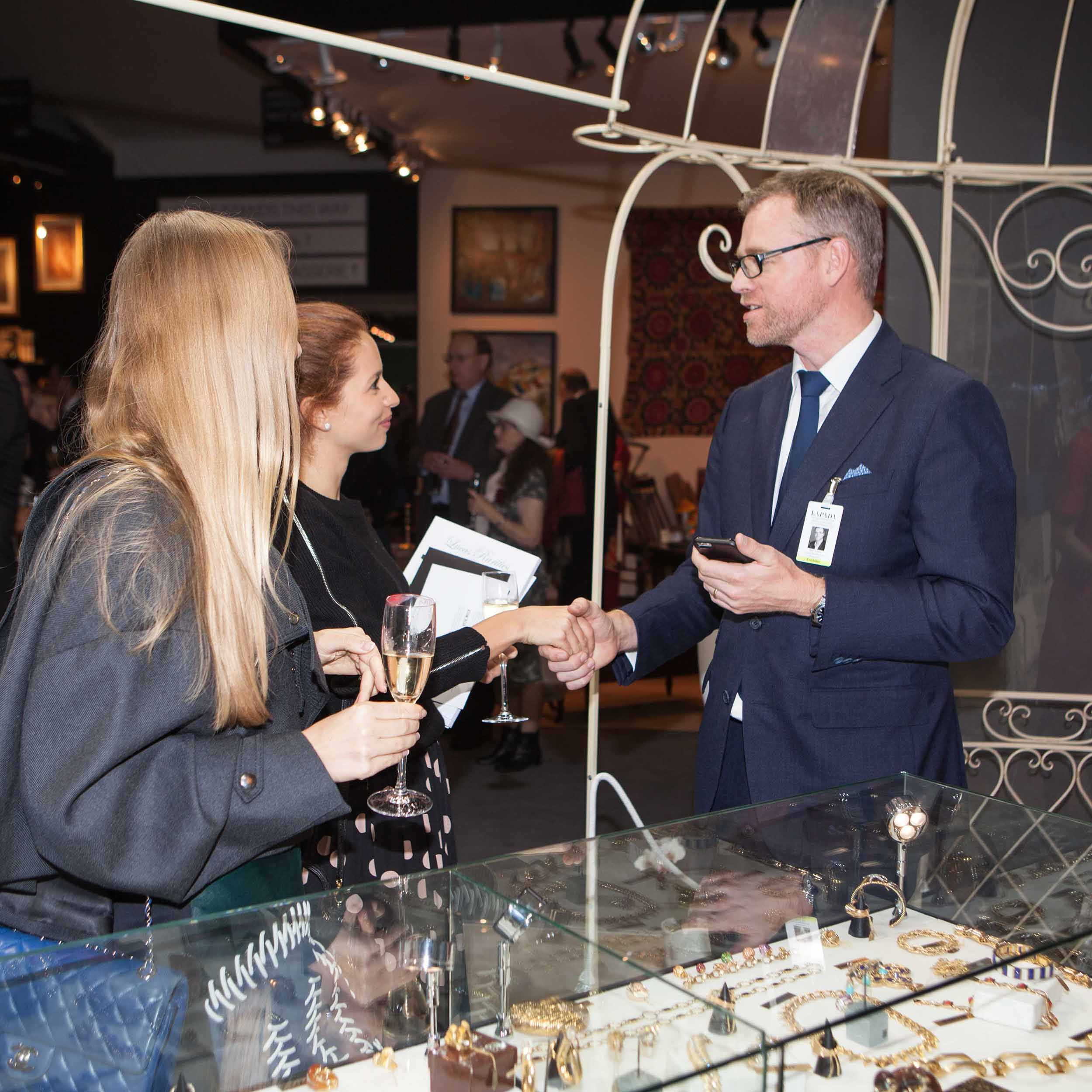 LAPADA-Art-Antiques-Fair-Berkeley-Square-Mayfair-2015