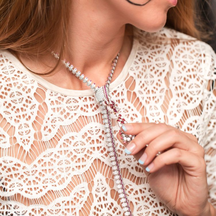 VAN CLEEF & ARPELS THE ZIP NECKLACE REVIEW