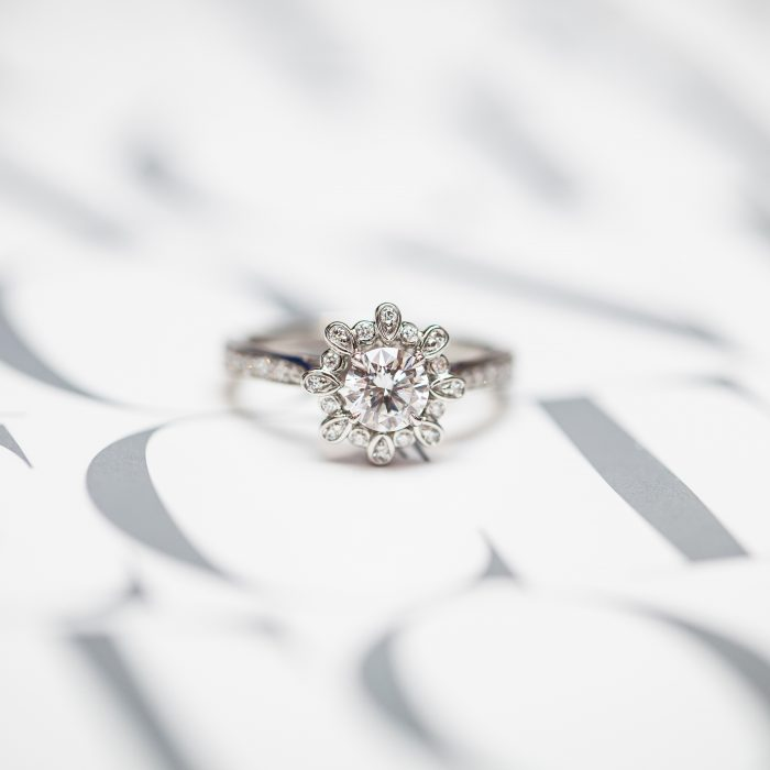 Harry Winston_Engagement Ring_Diamond_GEMOLOGUE by Liza Urla_jewelry blog_jewellery 06
