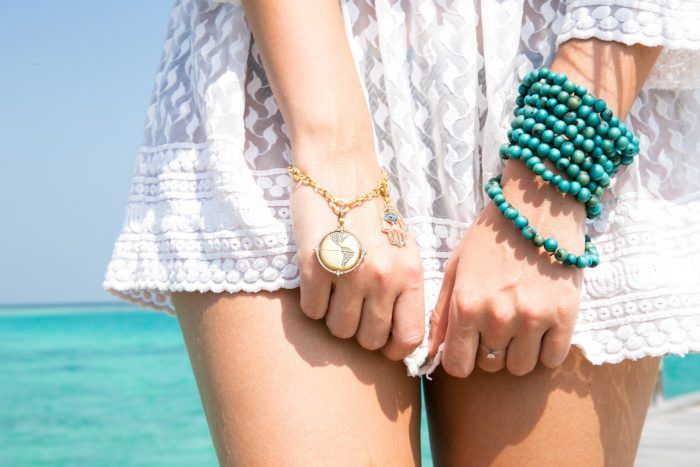 Maldives_GEMOLOGUE_Liza Urla_Fashion Blog_Maldives Style_Beach photoshoot_Annoushka Jewellery_03