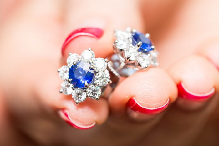 Harry Winston_Harry Winston Forget me Not_diamond jewellery_engagement ring bond street_gemologue_Liza Urla_jewelry blog_blogger_jewellery London_01