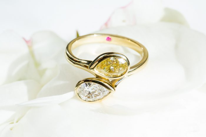 Taylor & Hart_engagement ring_GEMOLOGUE_Liza Urla_jewellery review_jewellery blog_yellow diamond_London jewellery