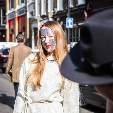gemologue-liza-urla-Brewer-Street-London-Fashion-Week-Spring-Summer-2016