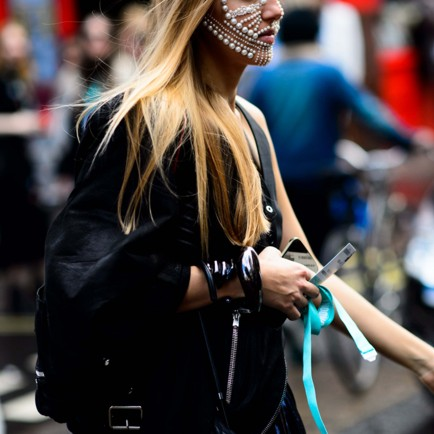 liza-urla-gemologue-jewellery-face-london-fashion-week