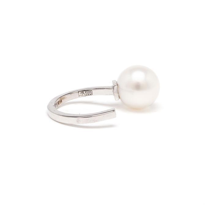 MARIA STERN White Gold, Diamond and Pearl Ring £440