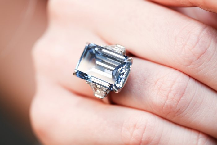Christies_Blue Oppenheimer Diamond_GEMOLGOUE_Liza Urla_Engagement Ring_Jewelry Review_Jewlery Blog 02