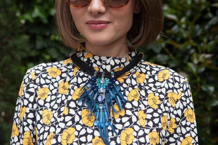 annya-sand_gemologue-liza-urla_jewelry-blog_the-ivy-chelsea-garden_kazakhstan-artist_london-jewellery_14