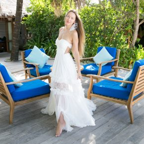 GEMOLOGUE_Liza Urla_jewellery blogger_jewelry blog_jewellery Book_wedding_wedding dress_Maldives wedding_blogger wedding_Maria Lucia Hohan_Maria Lucia Hohan bridal_Outhouse Jewellery_Ballon Bleu de Cartier_Cartier watch