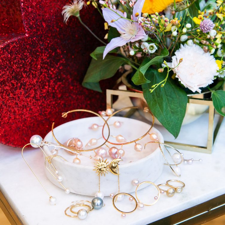 VALENTINE'S DAY GIFT GUIDE: HOW TO STYLE PEARL JEWELLERY