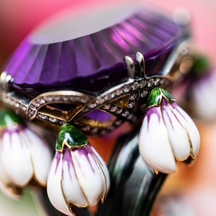 EVERYTHING YOU NEED TO KNOW ABOUT FEBRUARY BIRTHSTONE AMETHYST
